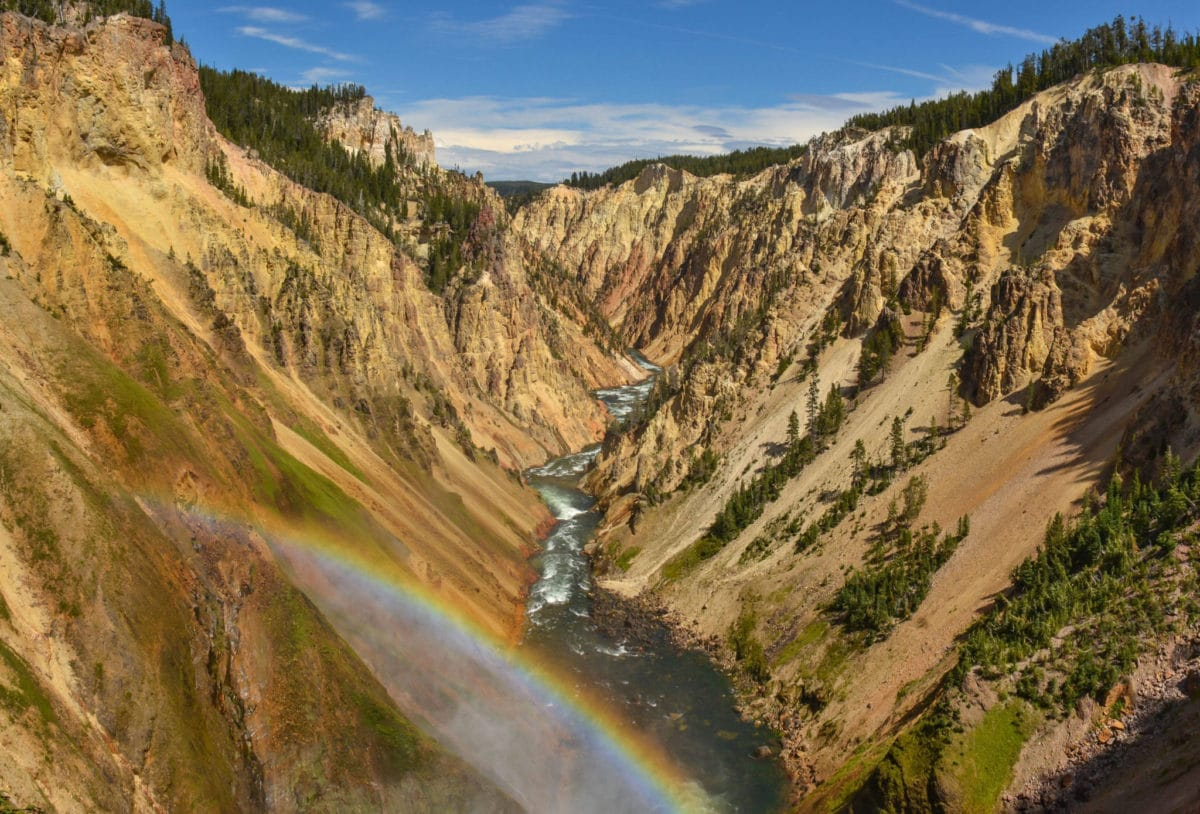 The Grand Canyon of the Yellowstone • Feel Good and Travel